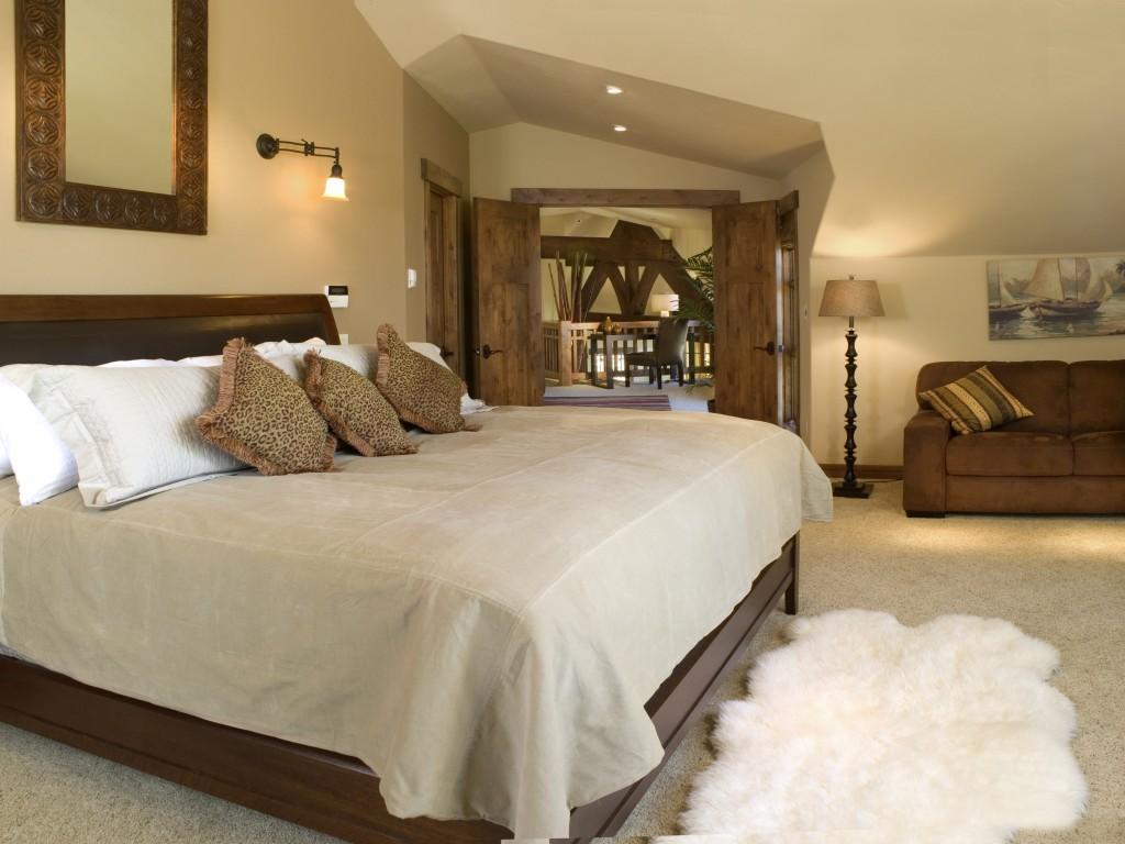 Craftsman Cottage Two Master Bedroom