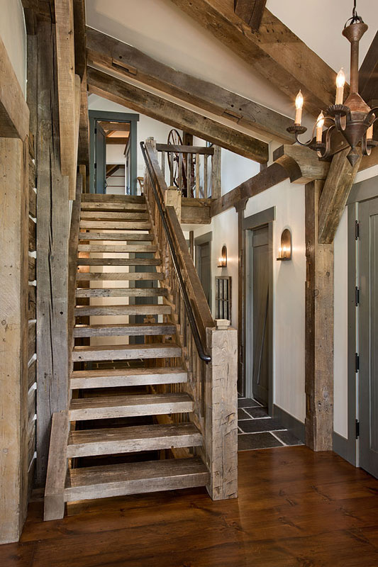 Ridge ranch house allen guerra architects Ranch style staircase