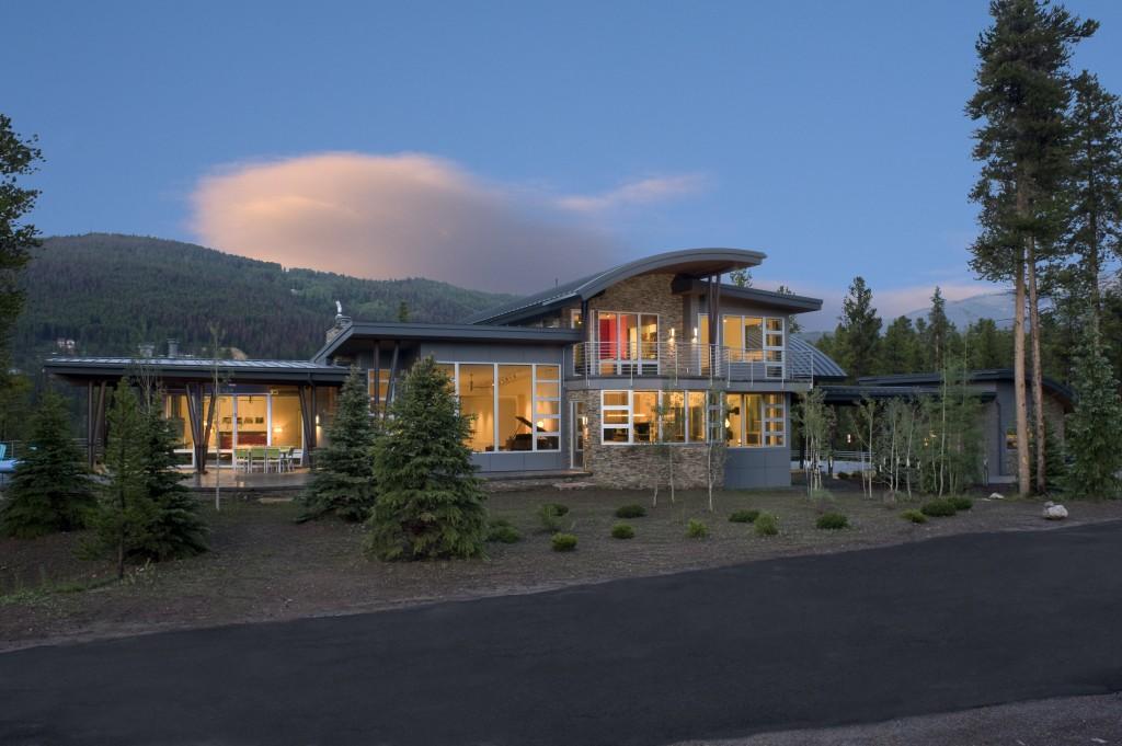 Mountain Modern Exterior