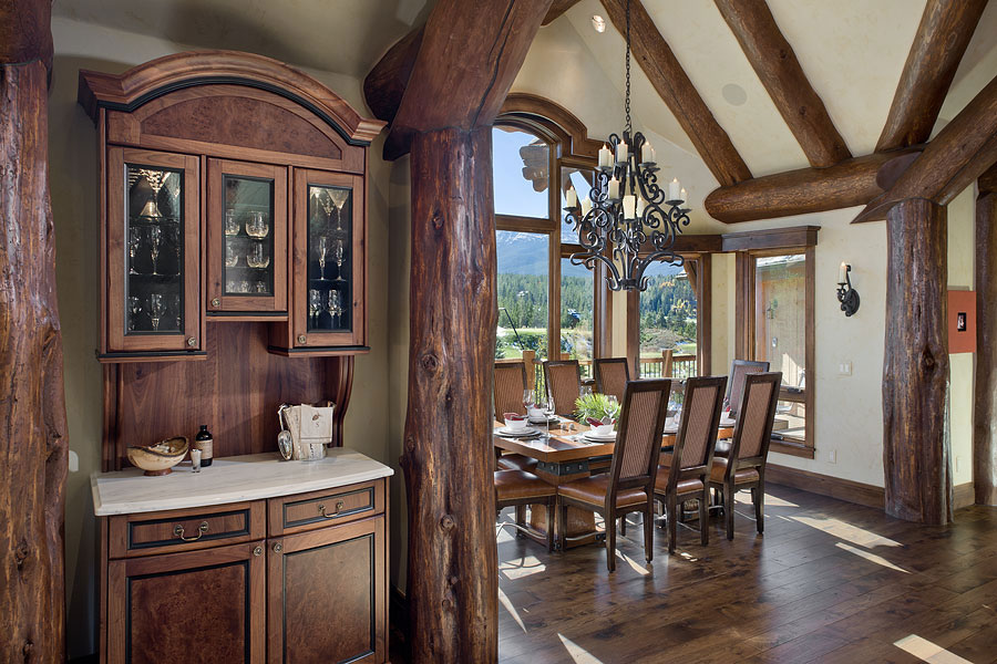 Lake View Breakfast Nook